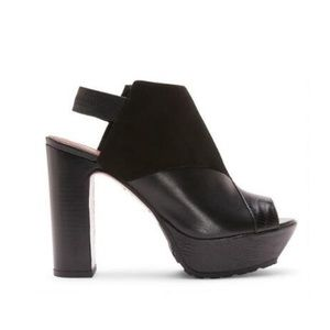 Donald J Pliner Feliz Black Leather Platform